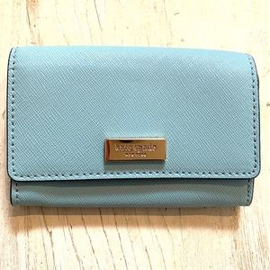 🐳NWOT KATE SPADE Saffiano Leather Card Wallet🐳